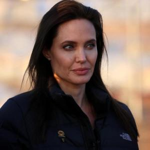 Angelina Jolie Undergoes Further Preventive Surgery