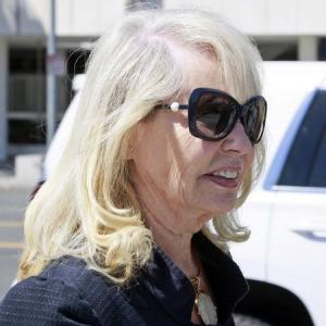 Woman To Testify About Gifts From Former Clippers Owner