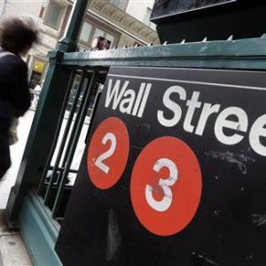 An early rally fizzles, leaving US indexes lower