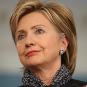 Clinton Beginning to Shed Low Profile Before Likely 2016 Bid