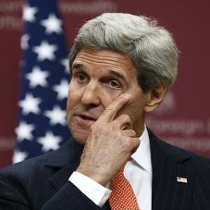 Kerry To Meet Russia's Putin Amid Ukraine, Syria Tensions
