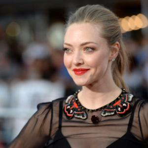 Amanda Seyfried Replaces Tatiana Maslany Off-Broadway
