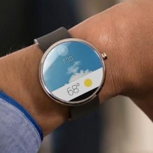 Motorola Rolls Out New SmartWatch