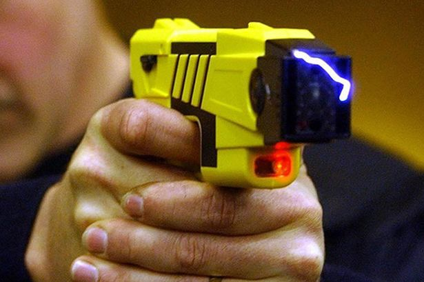 50 Year Old Ny Man Dies After Being Hit With A Taser By Police